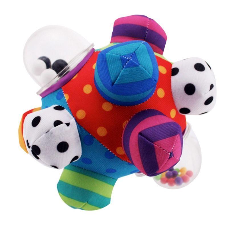 Hrbolatý míček - chrastítko Bumpy Ball Sassy