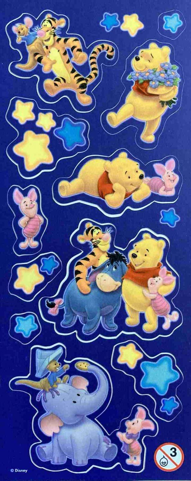 Samolepky Disney Medvídek Pů svítící ve tmě - arch D